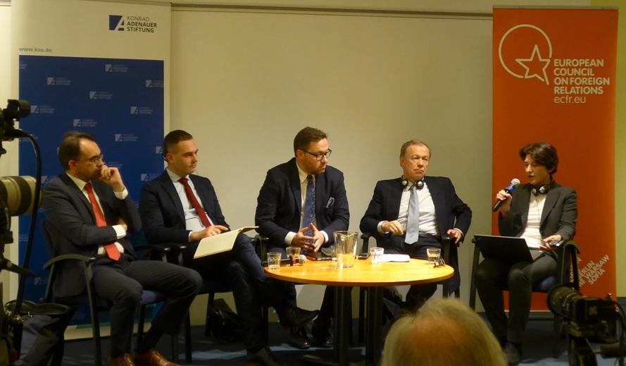 Debata publiczna: W poszukiwaniu bezpieczeństwa: Europa Środkowa