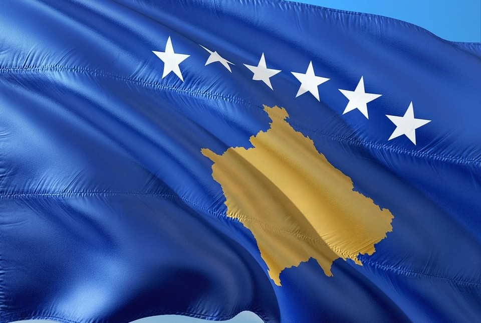 Overseeing Kosovo's conditional independence