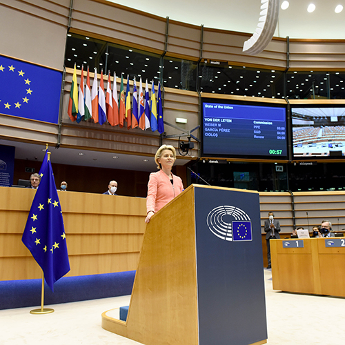 "Main image for ""From fragility to vitality – Analysing von der Leyen's #SOTEU"" podcast"