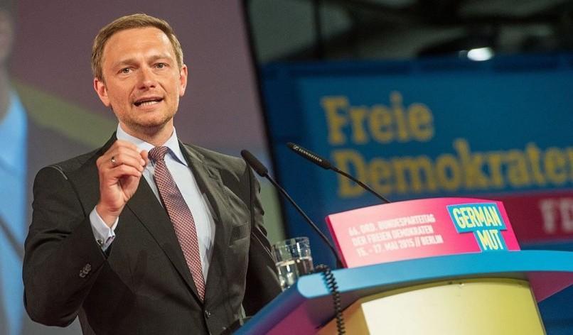 Kremlin narratives on Crimea resurface in German election debate