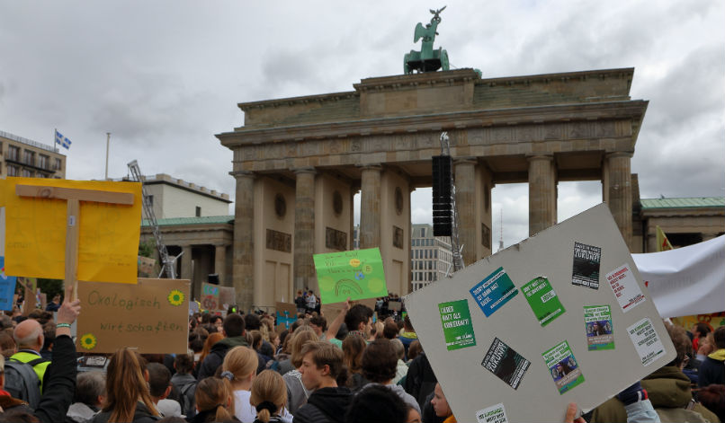 At a snail's pace: German inactivity becomes a climate burden on Europe
