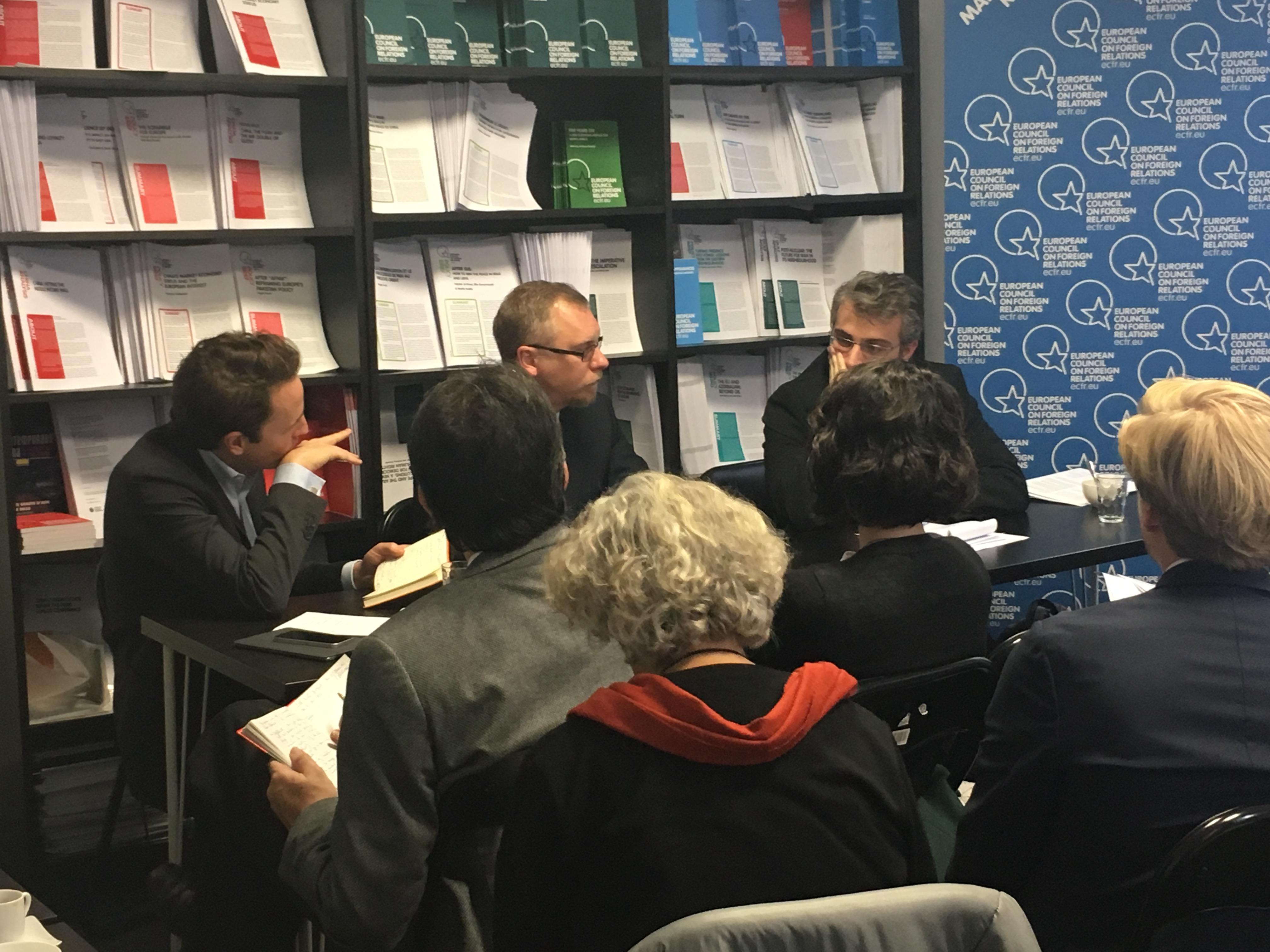 Cover: Moscou et les extrême-droites européennes, une quête mutuelle de légitimité