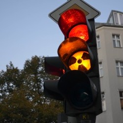 Cover: ECFR's World in 30 Minutes: Towards a German nuclear option?