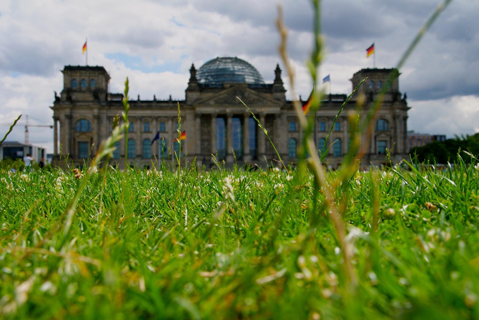 Berlin dernier allié de kiev le bureau de paris ecfr